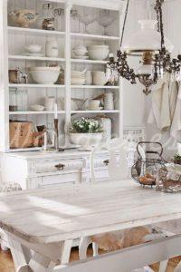 El blanco sobre madera