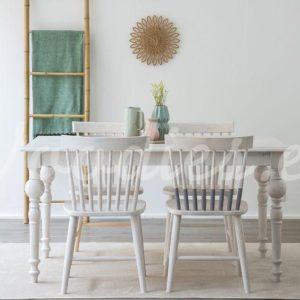 Mesa de comedor blanca con toques vintage | Woodies