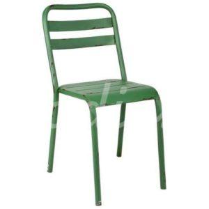 Puedes introducir color con tus sillas
