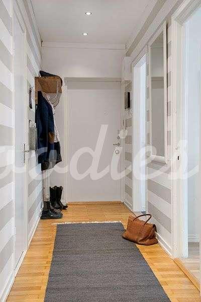 Blog woodies muebles a medida alquiler de muebles r sticos - Decorar una entrada ...