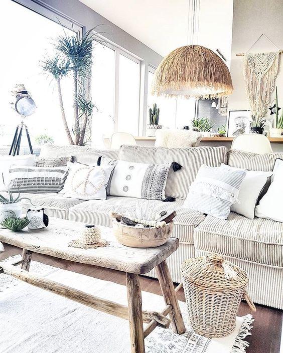 Cómo incluir un banco rústico con estilo en tu hogar
