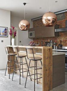 Barras de madera para instalar cocina