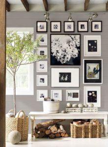 decorar con diferentes cuadros y fotografías con estilo