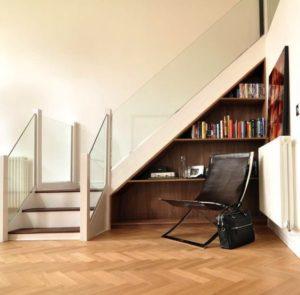 Consejos para aprovechar rincones difíciles bajo escalera
