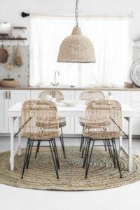 Ideas para comedores de madera blancos y luminosos