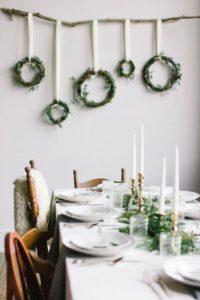 decorar en Navidad coronas