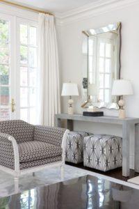 integrar asientos extras en el hogar puffs