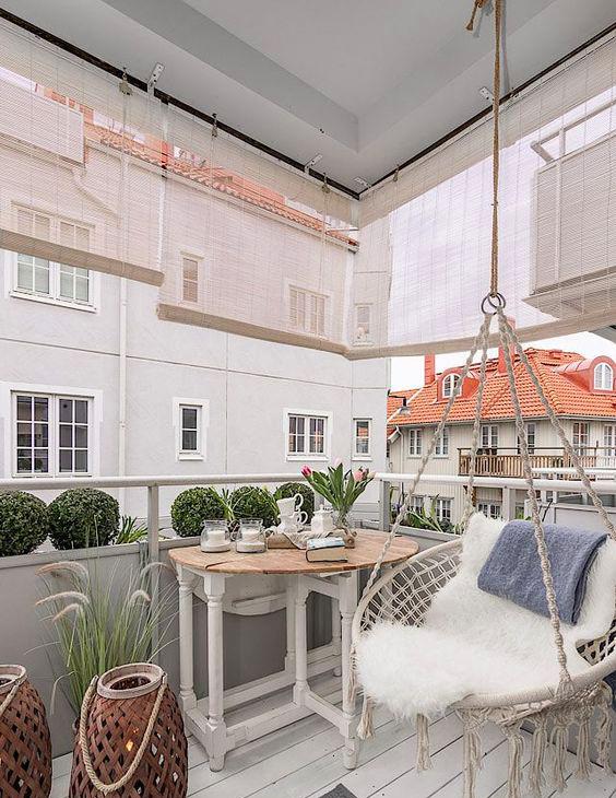 Ideas sorprendentes para decorar tu balcón columpio