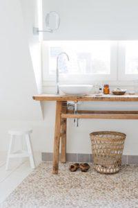 Encimeras de madera para baños rústica con patas