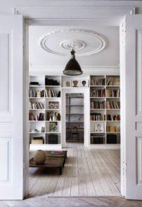 muebles claros luminosidad