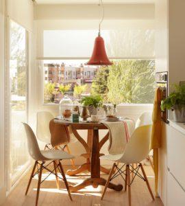 Ideas para aprovechar el espacio en la cocina mesa redonda